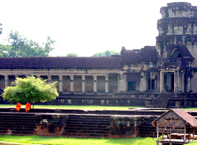 Luxury Cambodia Tours