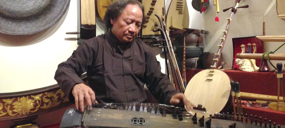 Meet with Musician Pham Chi Khanh