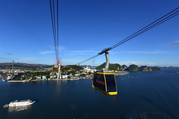 Halong Cable Car- A Ride Over The World Heritage Site