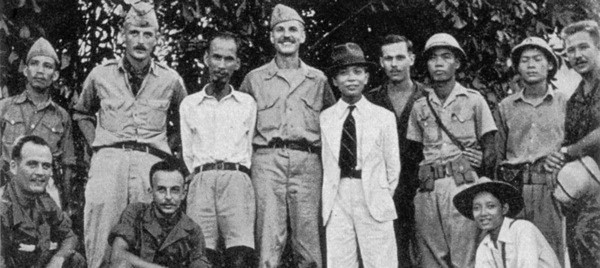 Ho Chi Minh and Vo Nguyen Giap at French colonial war